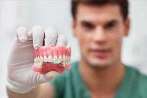 Протезирование верхних зубов – возможные сложности и пути их преодоления