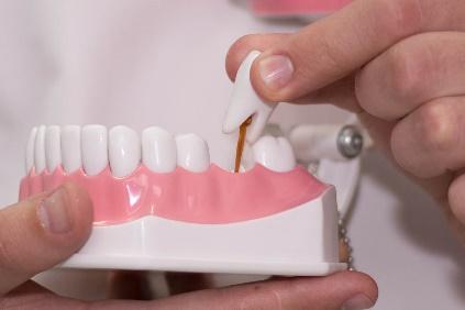 стоимость протезирования зубов в стоматологии в Москве
